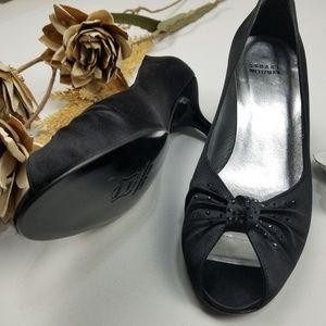 Stuart Weitzman - Black Peep Toe 9m 2.5 inch Heels